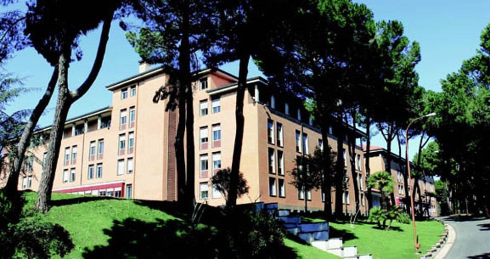 Orientamento all'università Niccolò Cusano per diversi ragazzi provenienti da scuole superiori della Campagnia