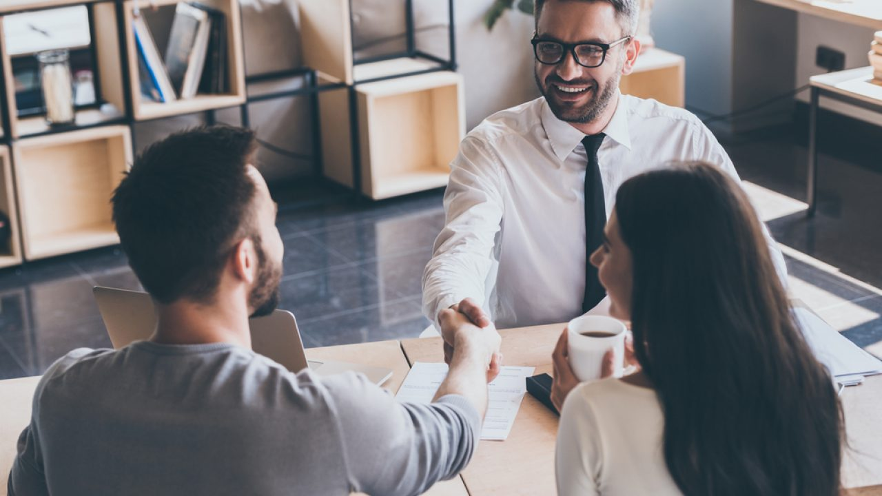 Servizi Per Agenti Immobiliari come diventare agente immobiliare: studi e possibilità