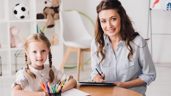 come diventare psicologa infantile